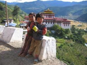 Kinder Klöster in Bhutan