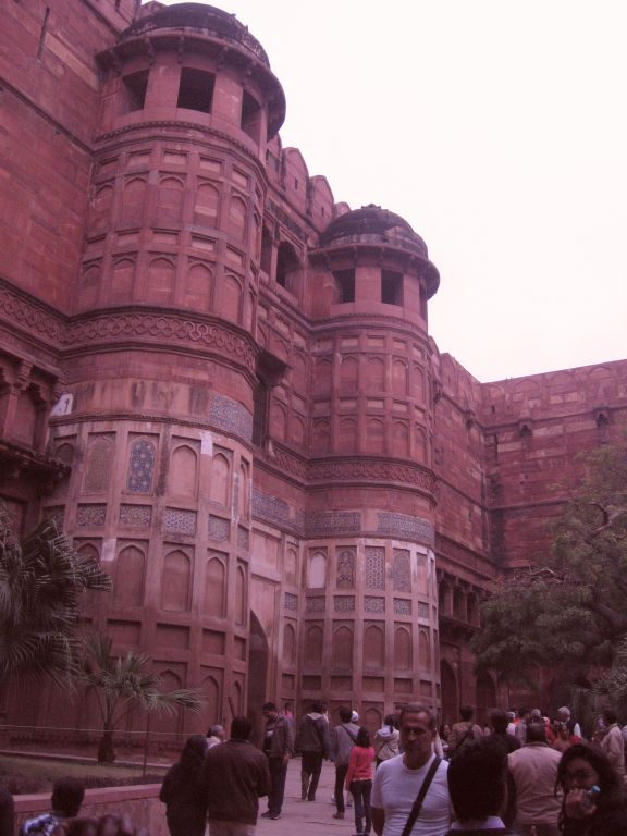 Highlights in Indiens Norden Red Fort Agra Eingang
