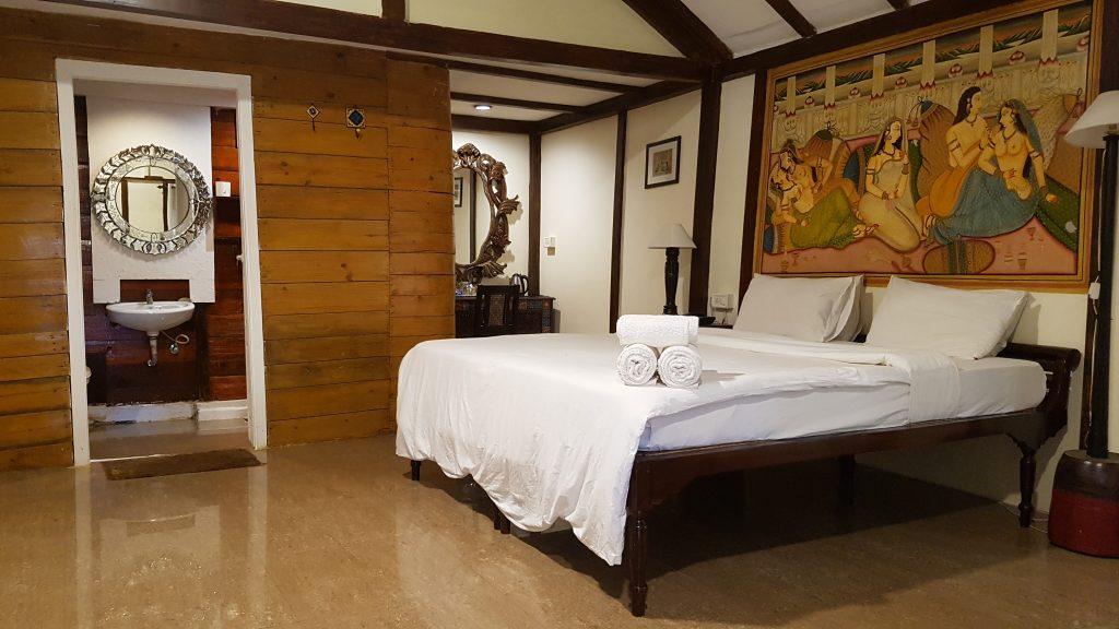 Bett im Luxus Cottage Ashwem