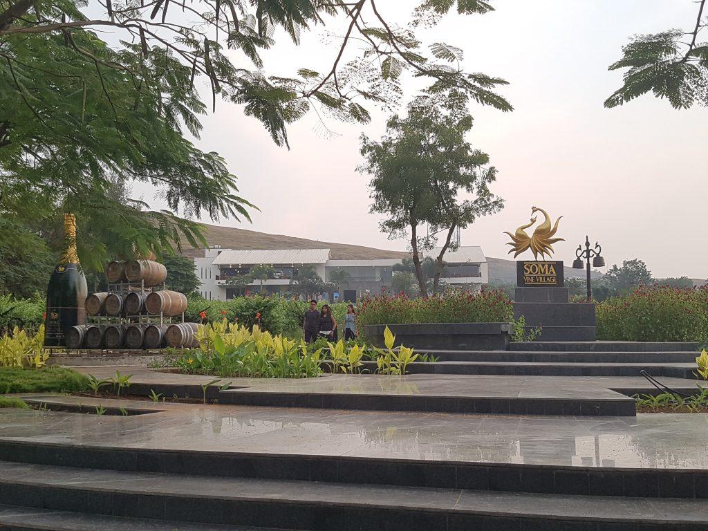 Soma im Nashik Weinanbaugebiet