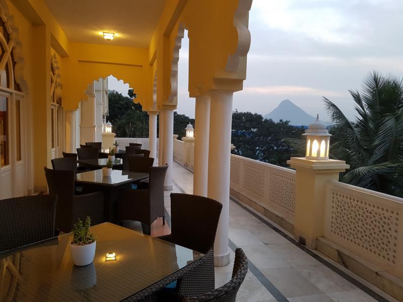 Taj Gateway Hotel Ambad Lobby