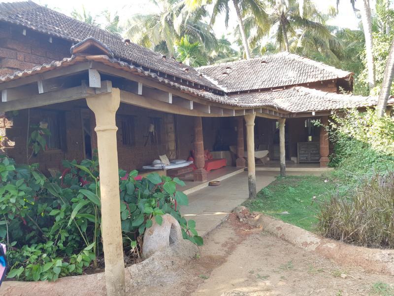 Sitzbereich Suiten Yogamagic Ökoresort Anjuna Goa