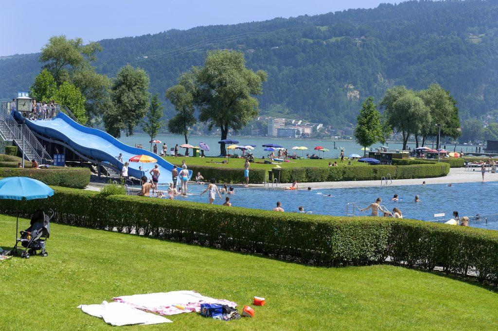 Bregenzer Stadt und Hallenbad Bodensee