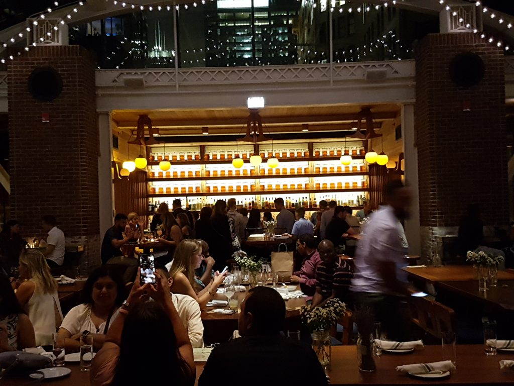 Chicago Athletic Association Cindys Rooftop Bar