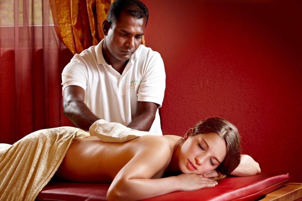 Seidenhandschuh Massage